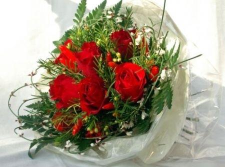 https://fruttidiboscoblog.files.wordpress.com/2016/02/rose-rosse-san-valentino-2011-bouquet.jpg?w=1462
